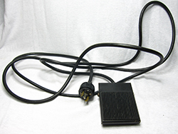 Foot Pedal (Rectangular low profile with 9 foot cord)